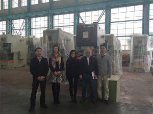 Колумбия тұтынушылары Accurl компаниясының гидравликалық баспаларын сатып алады