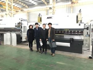 Кореяның тұтынушылары біздің фабрикаға барады
