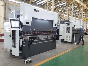 300tx 4000 3-oil-cylinders hydraulic press brake with cnc controller